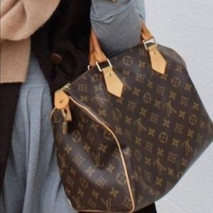 Authentic LOUIS VUITTON Speedy 30 Monogram Satchel